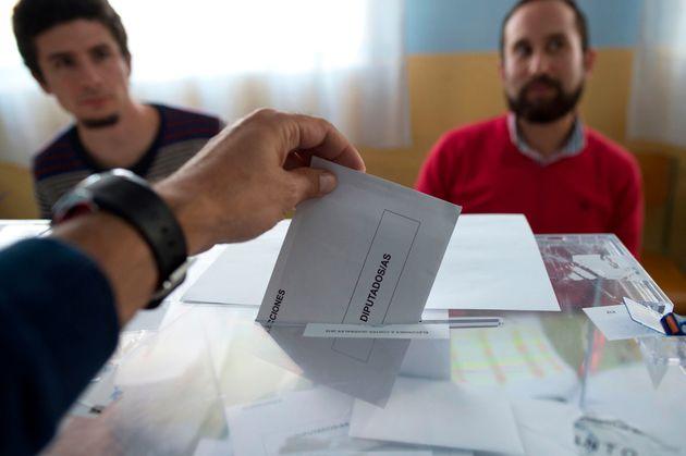 Delitos electorales y delitos en