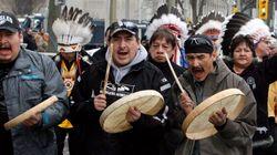 Les autochtones manifestent