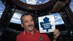 L'astronaute Chris Hadfield se fait taquiner pour son soutien aux Maple