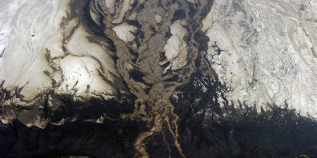 Les sables bitumineux polluent les lacs, selon une étude commandée par
