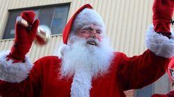 Le Père Noël arrive en ville