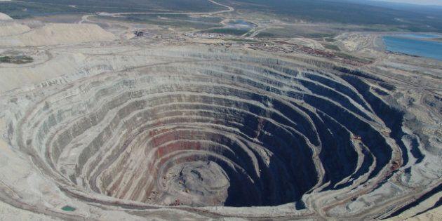 Secteur minier: Amir Khadir compare la gestion des péquistes à celle des