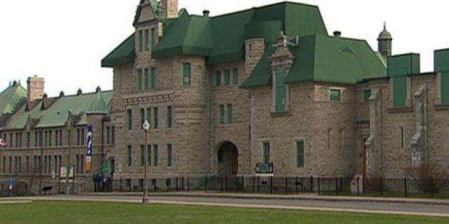 Manège militaire : Québec s'offusque d'être tenu à