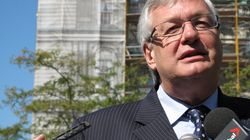 André Lavallée défend son