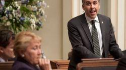 Trois questions au ministre