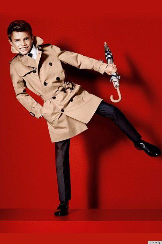 Romeo, le fils de David Beckham dans une publicité pour Burberry Printemps-Été 2013