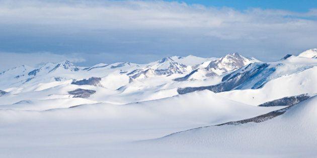 L'avion disparu est repéré en Antarctique: trois Canadiens seraient