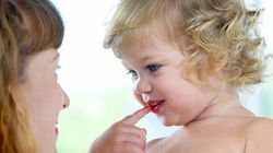 Pourquoi les nouvelles mères doivent s'entraider plutôt que se