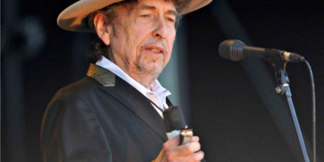 Bob Dylan et Metric en spectacle au Centre Bell, à Montréal, en novembre