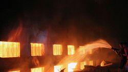 Bangladesh: plus de 100 morts dans l'incendie d'une usine de confection