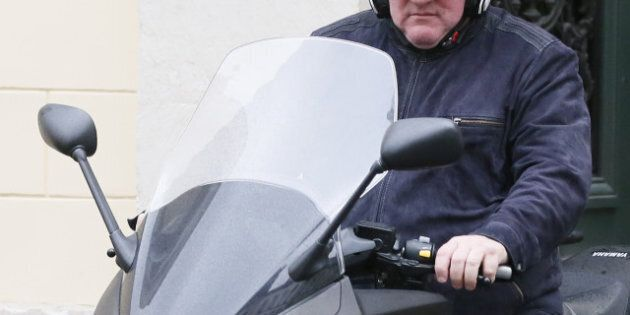 Gérard Depardieu se fait voler son scooter à