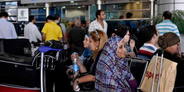Egypt Air: les hôtesses de l'air commencent à porter le hijab pour la première