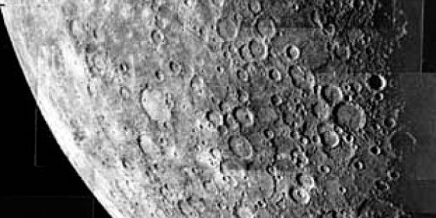 description 1 Mosaic image of Mercury taken by Mariner 10. intervals during a 13 minute period when the...