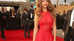Grammys 2013: Rihanna remporte la palme de la plus belle robe