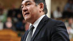 Un ministre conservateur accusé d'avoir « volé » sa victoire à l'élection de