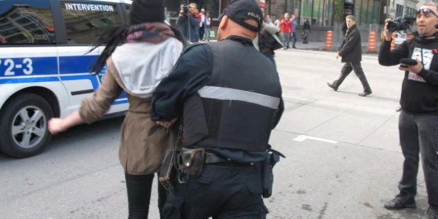 Une cinquantaine de manifestants soulignent le premier anniversaire d'Occupons Montréal, 3