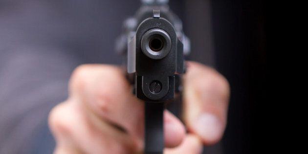 Les crimes impliquant des armes à feu coûtent cher aux contribuables