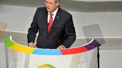 Harper souhaite que les prochains hôtes des sommets soient des