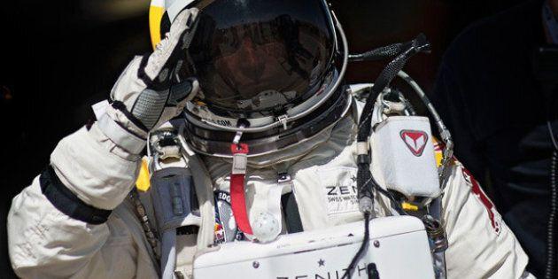 description 1 Felix Baumgartner   date 2012-10-13 13:30:35   source http://www. redbull. fr/cs/Satellite/fr_FR/Article/saut-stratosphere-
