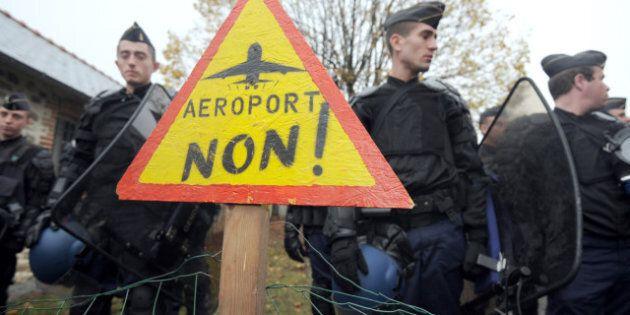 France: un projet d'aéroport à Notre-Dame-des-Landes provoque des affrontements