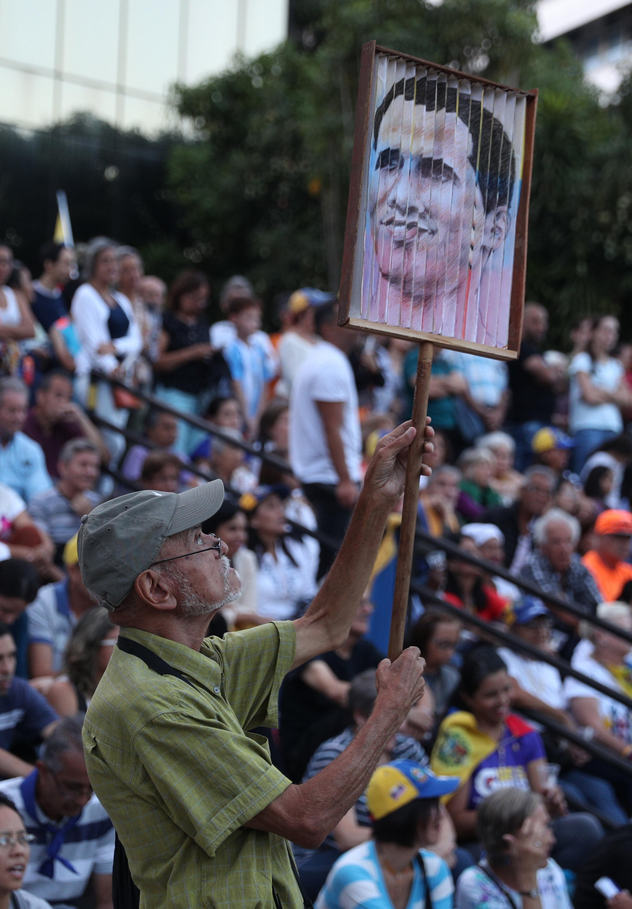 Βενεζουέλα: Ο Γκουαϊντό αντιμέτωπος με την κόπωση του κινήματος κατά του