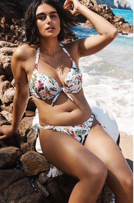 Le nuove modelle di H&M hanno cellulite, pancetta e
