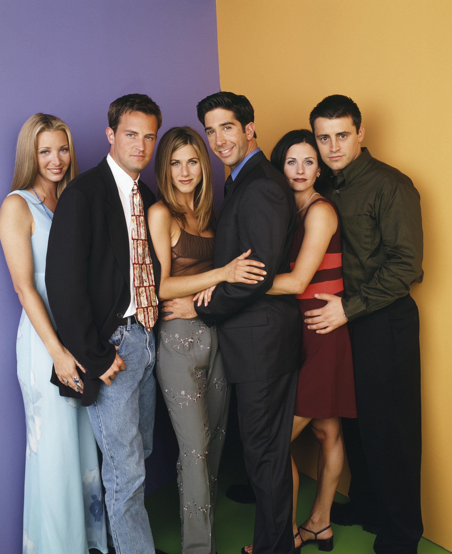 «Friends»: 15 χρόνια μετά το φινάλε της σειράς - Τα παρασκήνια από τα