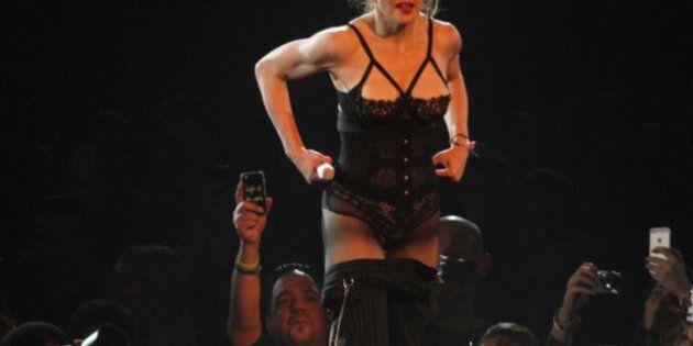 Madonna nue: la star fait un «striptease» pour amasser des fonds pour New York