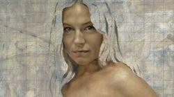Un portrait de Sienna Miller nue et enceinte