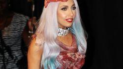 La robe en viande de Lady Gaga exposée