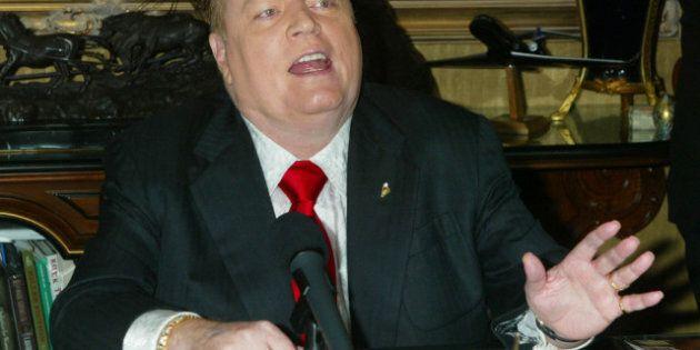 Le fondateur de Hustler Larry Flynt propose 1 million de dollars pour des informations sur les déclarations...