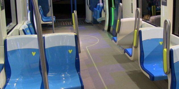 La STM expose une future voiture Azur du métro de Montréal
