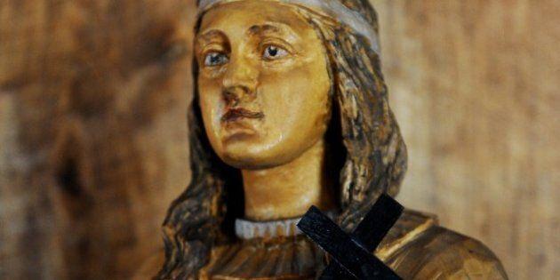 Canonisation de Kateri Tekakwitha, première sainte amérindienne,