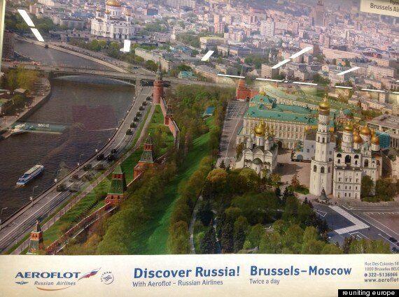 Tourisme : l'affiche qui vante la Russie et ses missiles