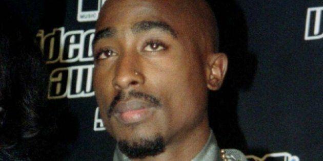 Tupac à Coachella: un hologramme du rappeur décédé projeté sur la scène du concert de Snoop Dogg et Dr...