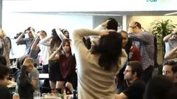 Un flashmob éclate dans la cafétéria de Twitter