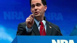 USA: le gouverneur du Wisconsin sauve son siège dans un vote