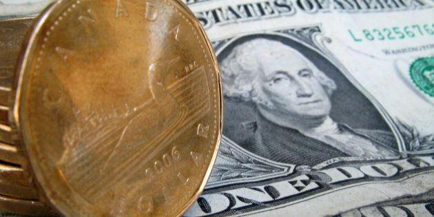 La valeur du dollar canadien atteint vendredi matin un sommet en 13