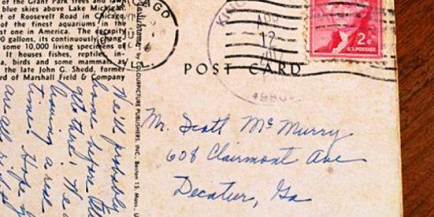 Une carte postale arrive à destination... avec 50 ans de