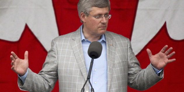 Motion liée à l'avortement: l'absence de soutien d'Harper fait baisser son