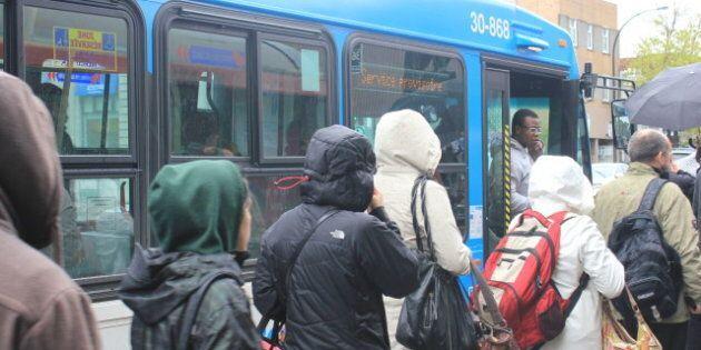 Fumigènes dans le métro: L'Assemblée nationale condamne à
