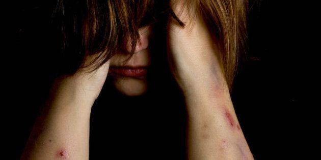 Violence familiale: au Canada, la moitié des cas sont commis par le