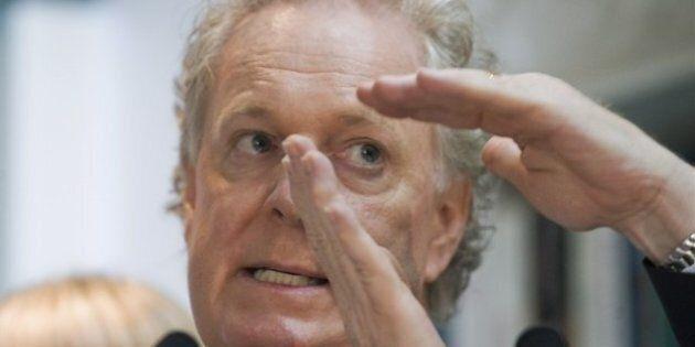 Charest souhaite un débat «paisible» avec Legault
