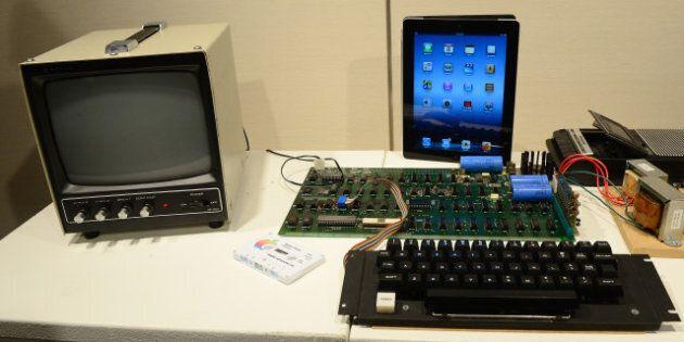 Le premier ordinateur d'Apple vendu 374 000 dollars aux enchères à New