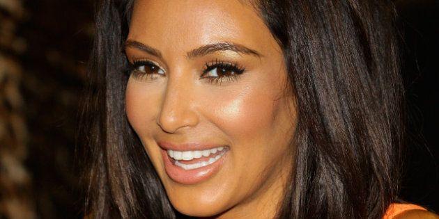 Kim Kardashian, Christina Aguilera, Charlize Theron... Sexy, les stars trop bronzées?
