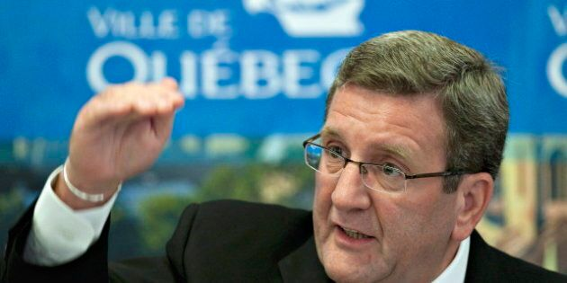 Le maire de Québec a exigé l'annulation du spectacle de Mise en