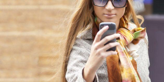 De jeunes piétons happés à cause de leurs appareils