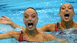 La nage synchronisée et ses visages hilarants