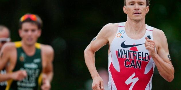 Jeux olympiques: le triathlonien Simon Whitfield s'est fracturé la clavicule dans sa