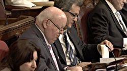 Les sénateurs devront bientôt suivre un code